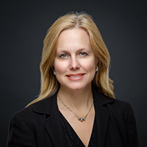 Headshot of Lisa Behm